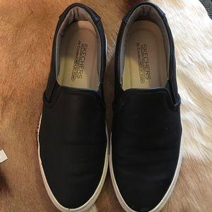 Shoes, Sketchers